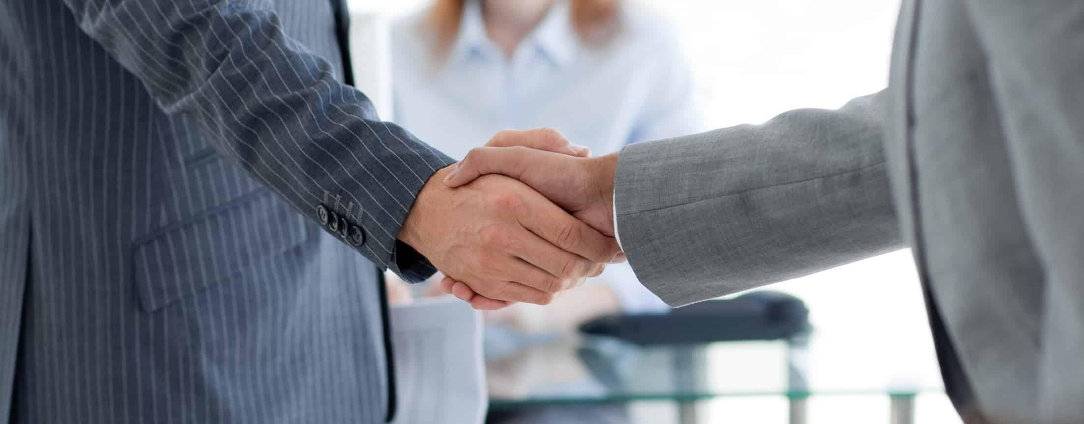 Signer un contrat de prestation