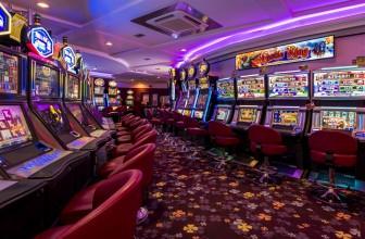 Machine à sous en ligne : pourquoi opter pour le casino en ligne?